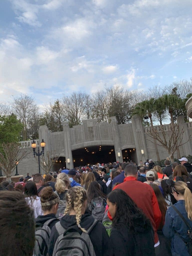 Rope drop in front of Galaxy's Edge at Disney's Hollywood Studios