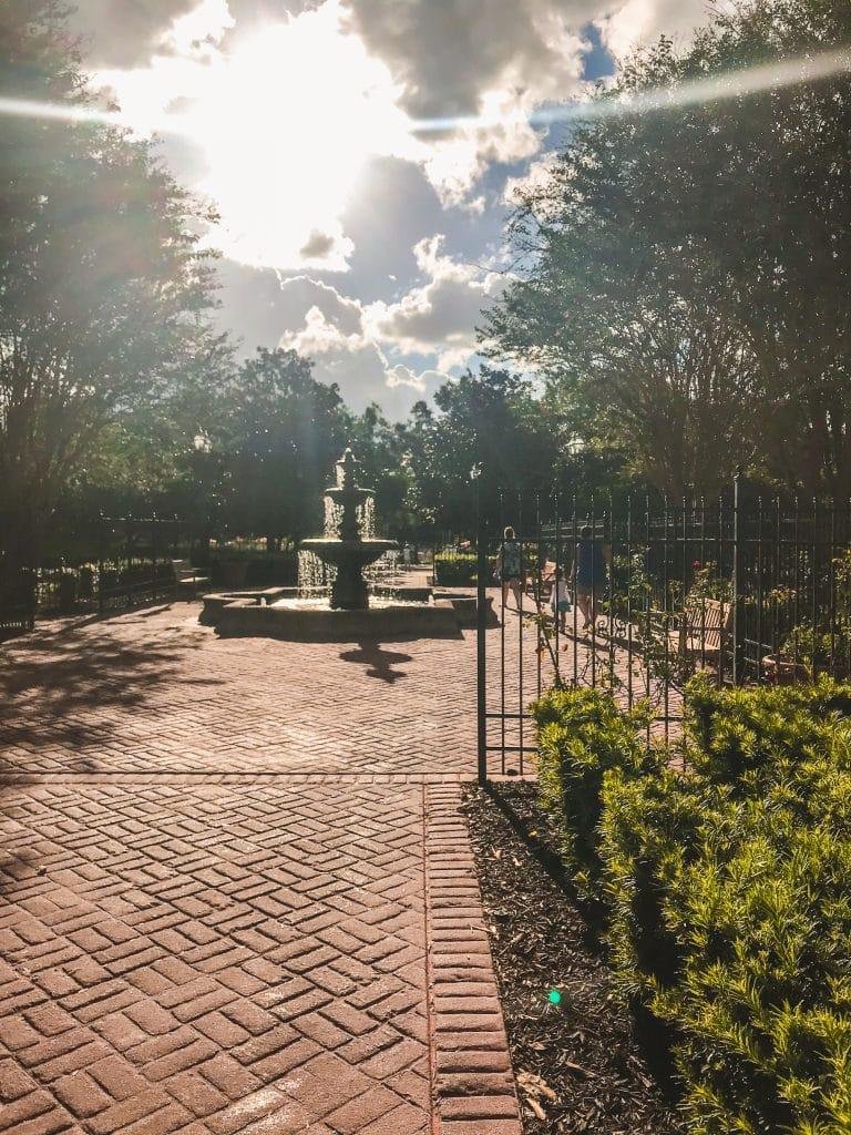 Centerpiece Garden & Fountain at All Star Music Resort